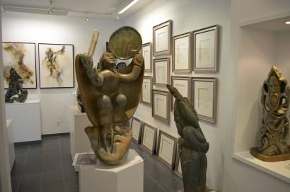 Inuit-art-gallery-DSC_0897