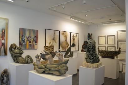 Inuit-art-gallery-DSC_0905